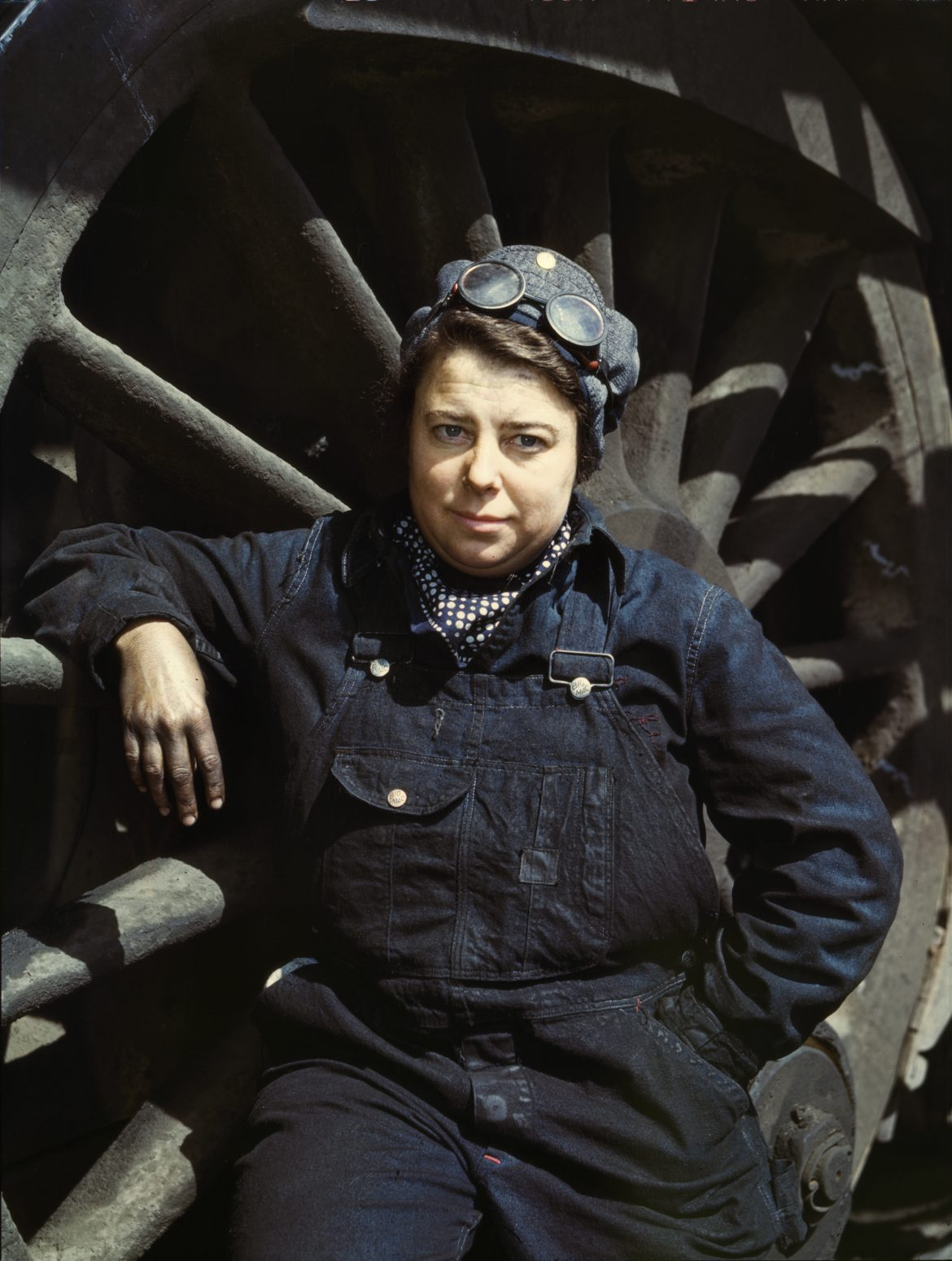 Dorothy Lucke is Wiper at Iowa Railroad Roundhouse