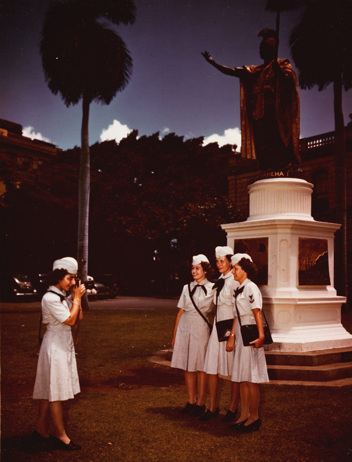 WAVES on Liberty in Honolulu Posing for Photo