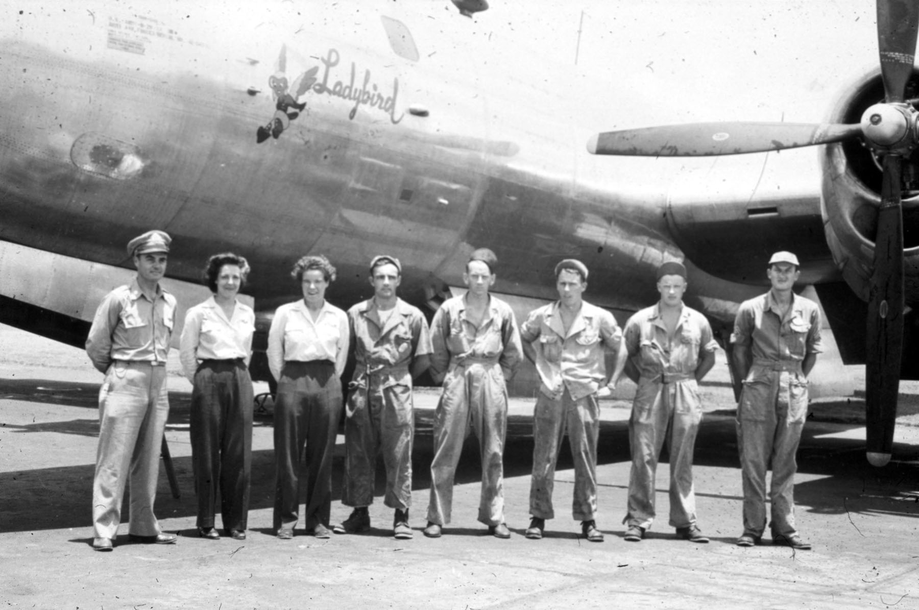 WASP Pilots and Their B-29 Crew