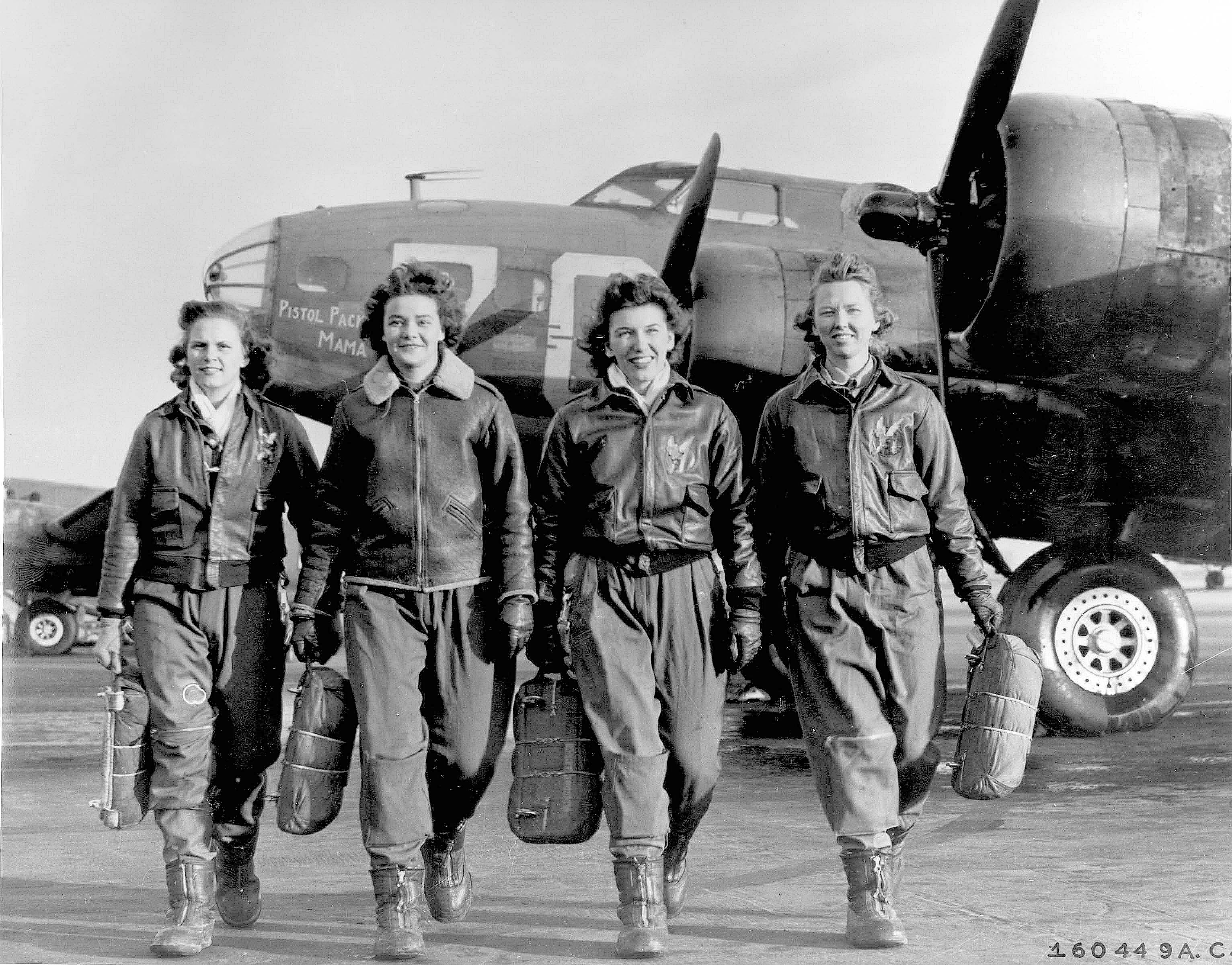 WASP Pilots Leaving Their B-17 Flying Fortress
