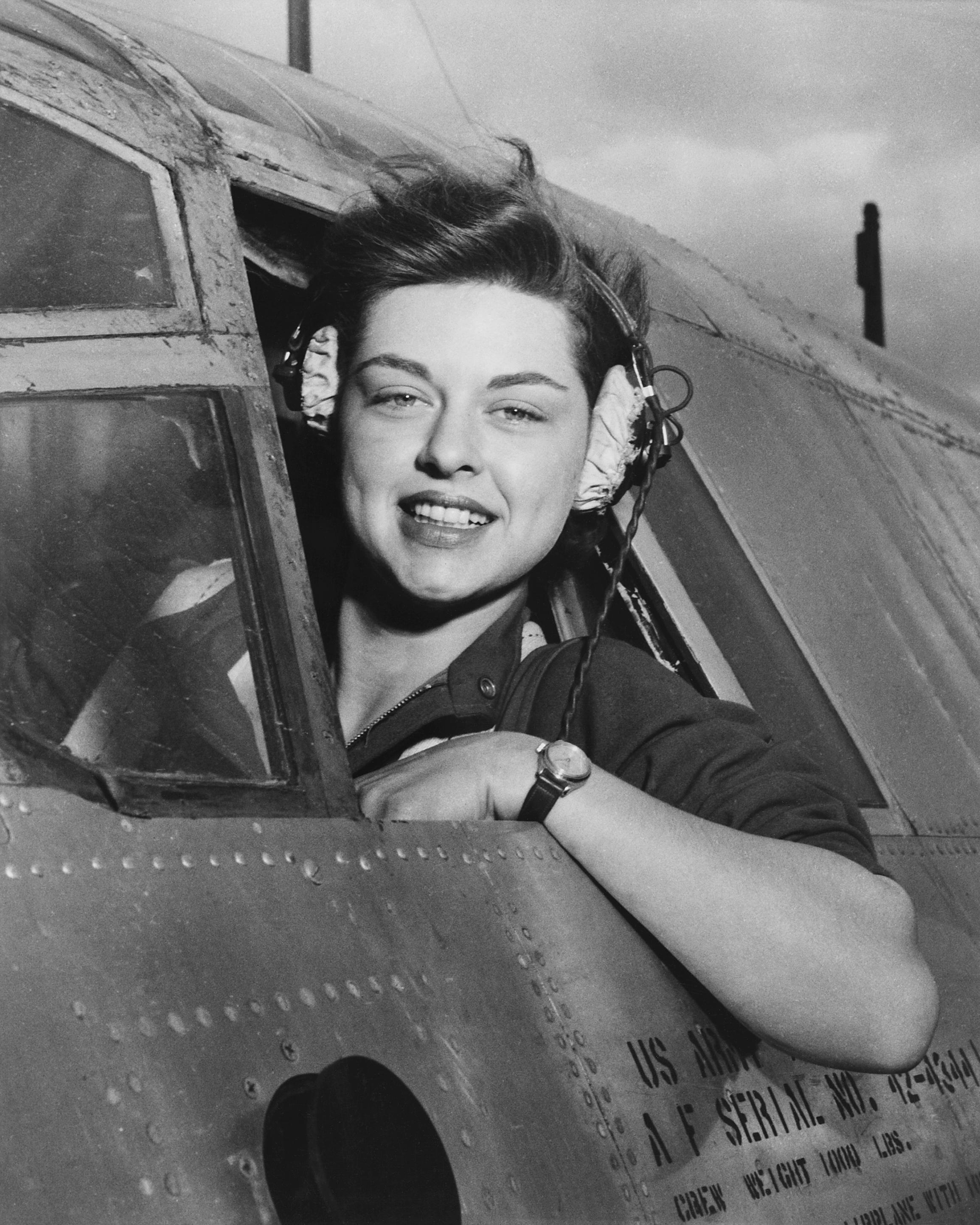 WASP Elizabeth Gardner Looks Out from Cockpit