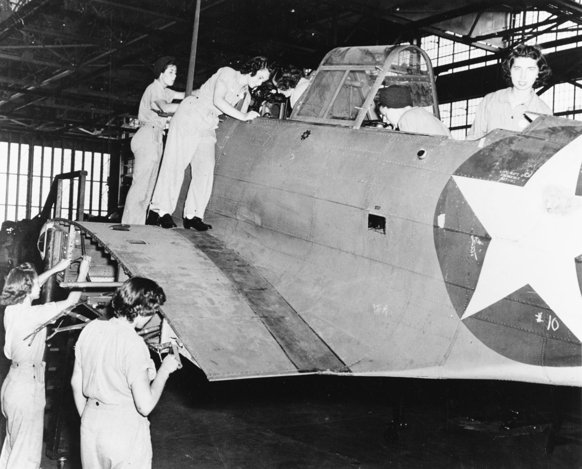 WAVES Working on SBD Dauntless Aircraft