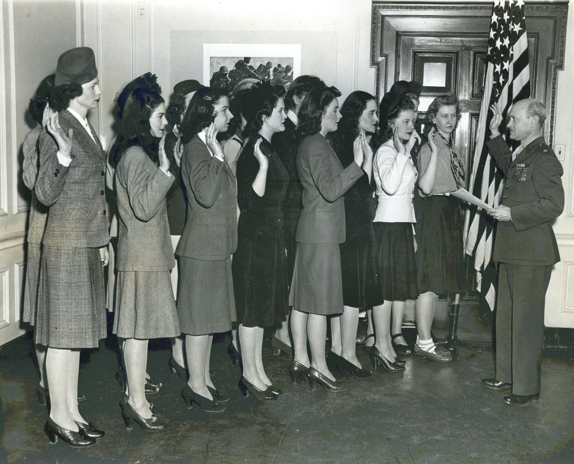 Swearing-In of New York Area Women Marines
