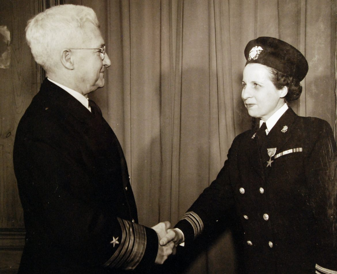 LCDR Mary M. Neck Receives Bronze Star Award