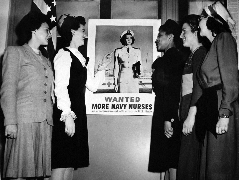 New Ensigns Sworn into Navy Nurse Corps