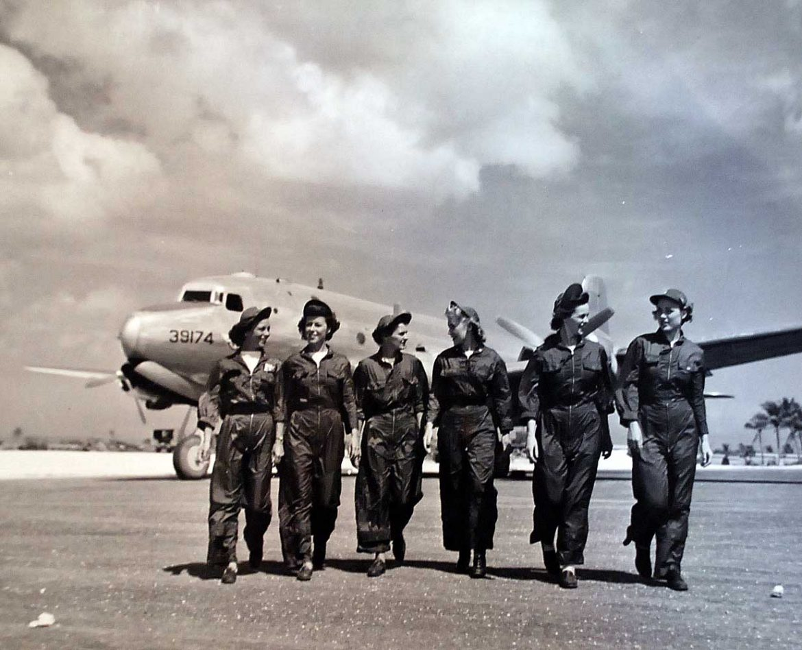 Navy Flight Nurses of the Air Evacuation Squadron