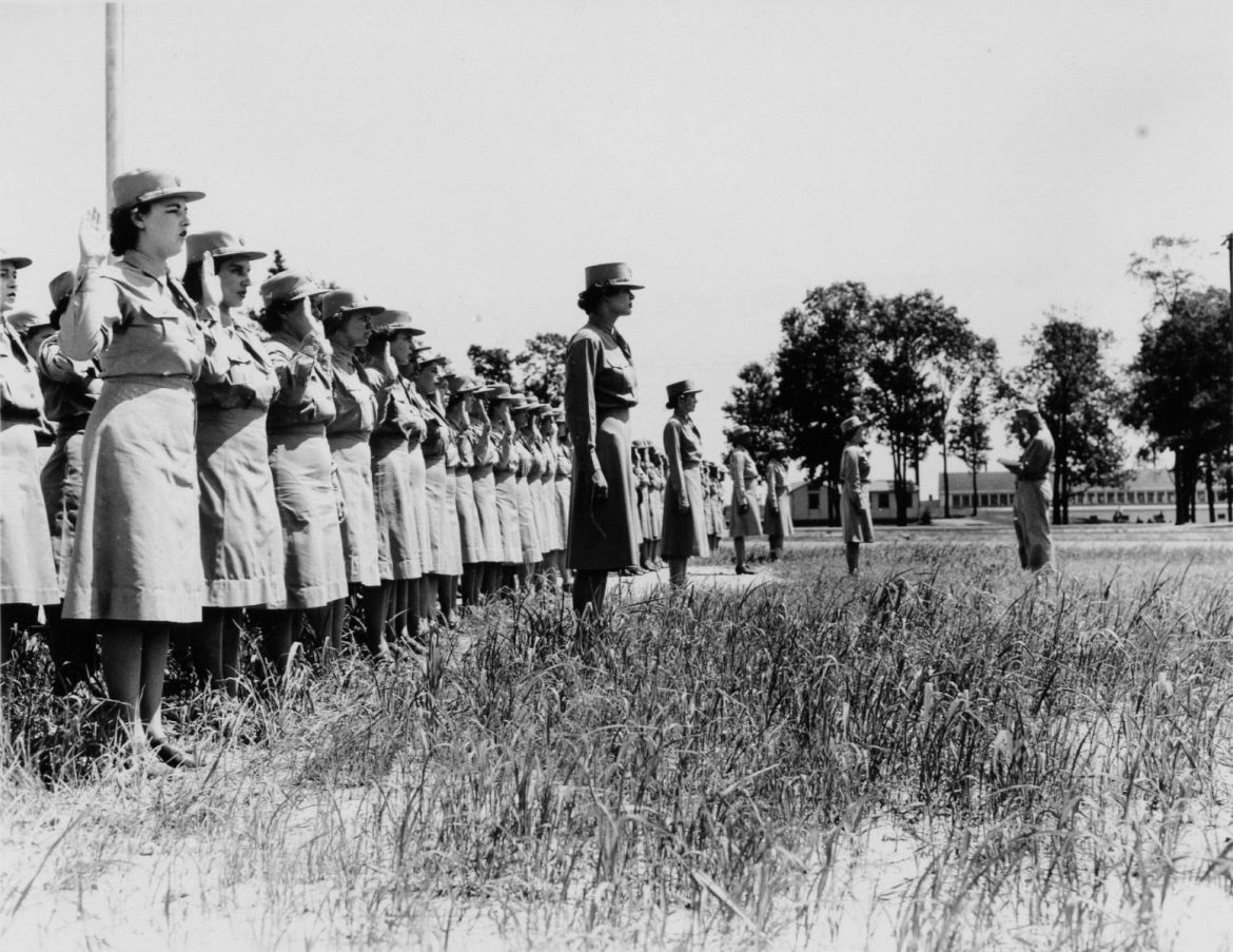 WACs Sworn in at Camp Atterbury, Indiana