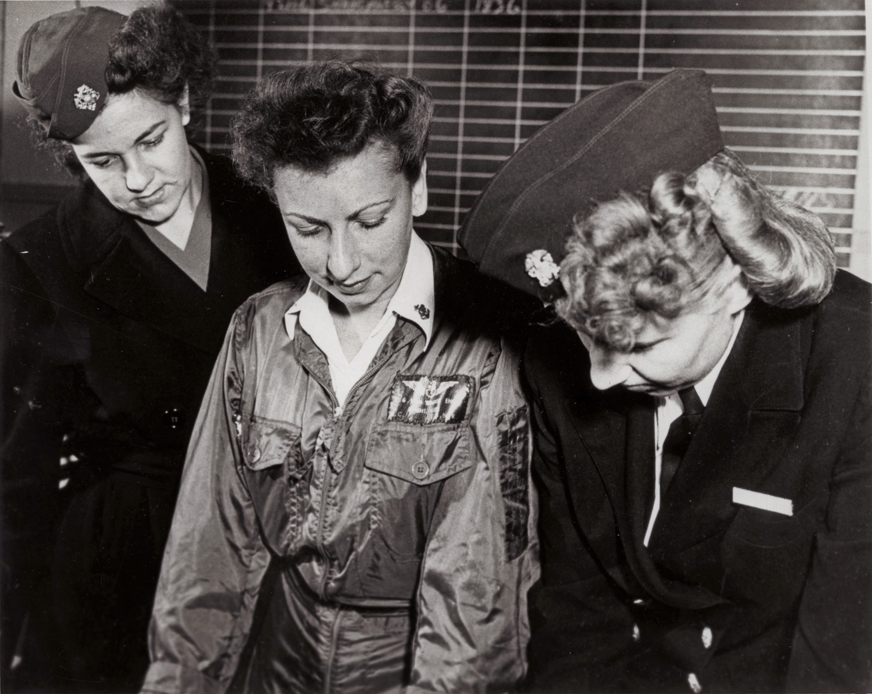 WWII Navy Flight Nurse Gets Pre-Flight Briefing