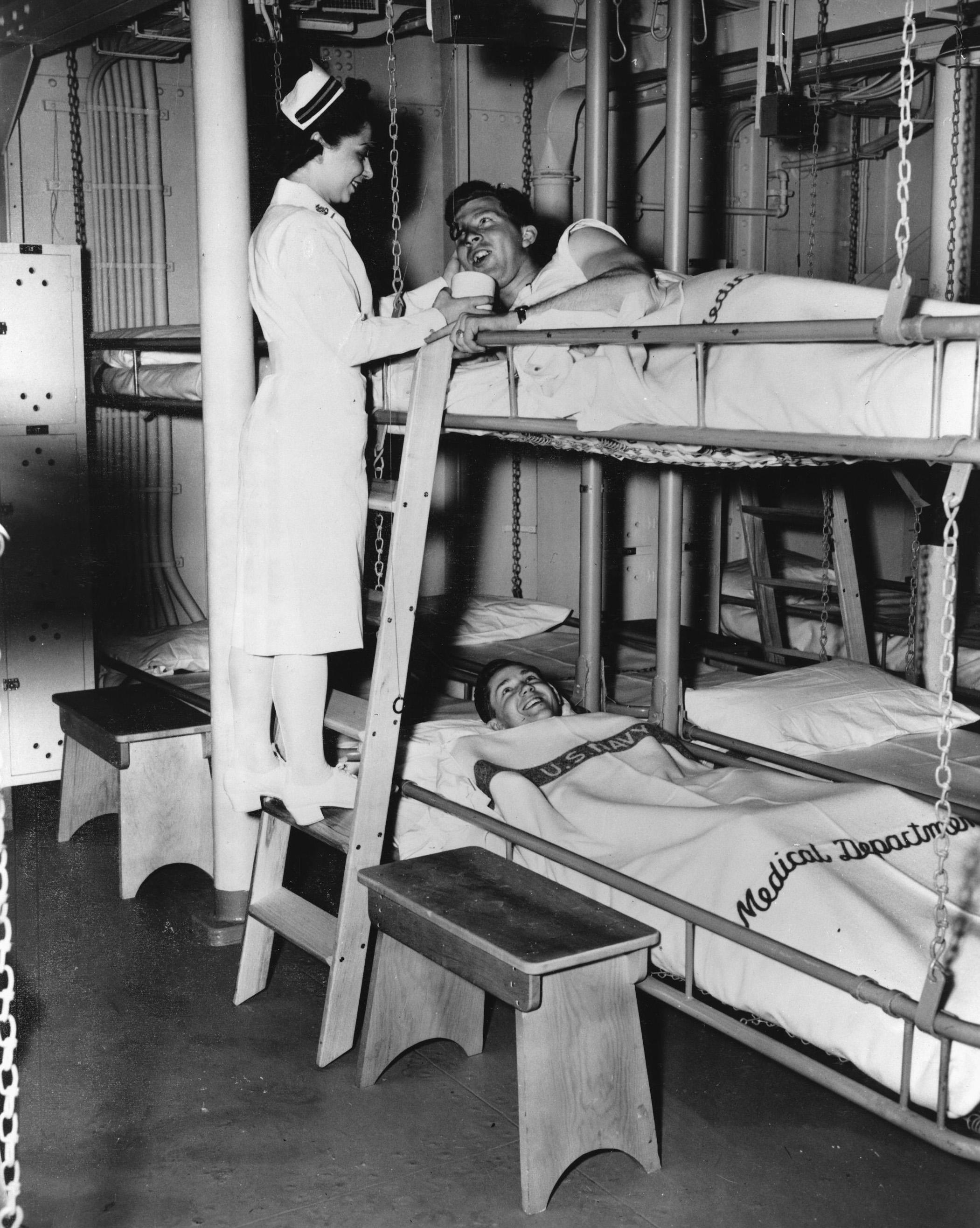Bunk Beds Women Of World War Ii