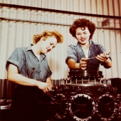 WAVES Studying Aircraft Mechanics in New Jersey