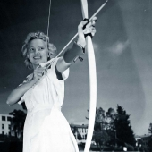 Navy Nurse Practices Archery to Keep Fit