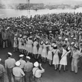 Sailors Get Hawaiian-Style Send-Off on USS Saratoga