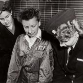 WWII Navy Flight Nurse Gets Pre-Flight Briefing